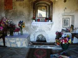 """Il pozzo miracoloso all'interno della cappella delle """"Tre verginelle"""""""