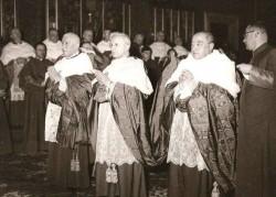 Cento creato cardinale nel concistoro del 15 dicembre 1958