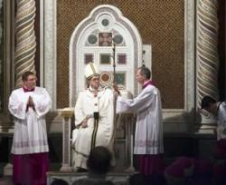 Papa Francesco sulla cattedra episcopale di San Giovanni in Laterano