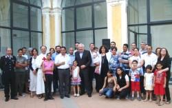 Foto di gruppo con il sindaco Garozzo (al centro)