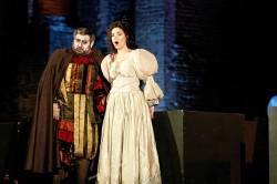 Almaguer (Rigoletto), Ignacio (Gilda) 2
