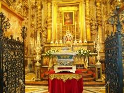 La pregevole cappella dedicata alla patrona Santa Venera