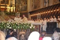 Mons. Antonino Raspanti officia la Solenne celebrazione dopo l'Assemblea Diocesana