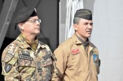 20131029 Il gen. Pellegrino e il Col Agresti durante la cerimonia