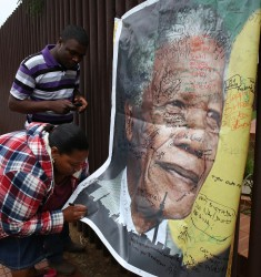 SAFRICA-POLITICS-MANDELA-OBIT