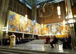Un momento della cerimonia nella parrocchia di San Gregorio VII