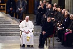 """Papa Francesco con don Luigi Ciotti, fondatore di """"Libera"""""""