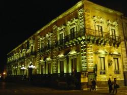 Municipio di notte