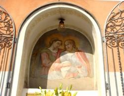 Uno dei più antichi altarini di Acireale