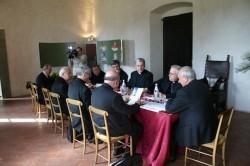 riunione-vescovi-calabria-paola