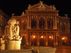 catania- teatro bellini - Copia (526 x 395-corretta)