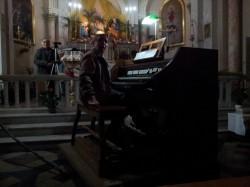 organista mac donald (816 x 612)corretta