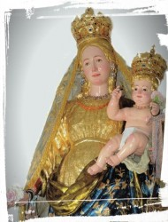 La statua di Maria del Monte Carmelo