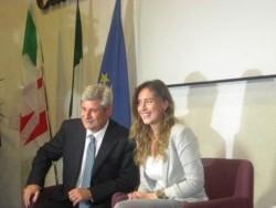 Il ministro Boschi con l'on. Burtone, organizzatore dell'incontro