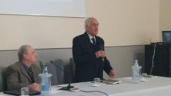 Nino Leotta ( in piedi)