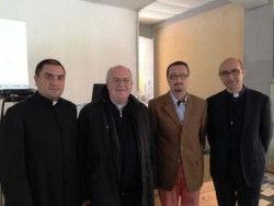 Mons. Perego con il parroco di Castiglione, don Roberto Fucile