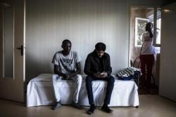 Immigrati in attesa del riconoscimento dello status di rifugiati politici