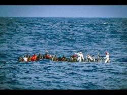 1430716425-0-migranti-acorretto -trapani-382-naufraghi-salvati-nel-canale-di-sicilia (480 x 360)