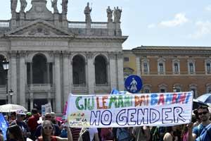 piazza no gender