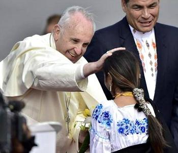 Papa_Francesco_Ecuador_tn
