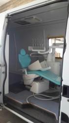 Il camper del sorriso, unità odontoiatrica mobile