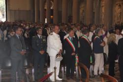 Le autorità presenti alla cerimonia, tra cui il Sindaco di Messina, Renato Accorinti