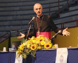 L'intervento del Vescovo di Acireale mons. Antonino Raspanti