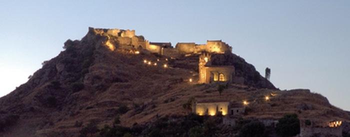Diocesi / L'amministratore della Cultinvest  illustra i motivi della improvvisa chiusura del castello di Calatabiano