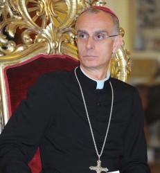 Il Vescovo di Acireale, mons. Antonino Raspanti