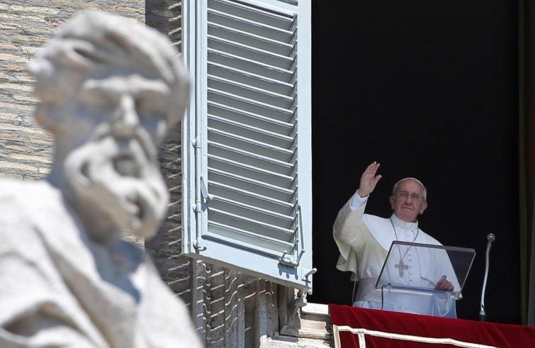 """La domenica del Papa / Francesco: essere """"ritenuti sinceri senza ricorrere a interventi superiori per essere creduti"""""""