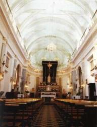 Piano d'Api- Interno della chiesa