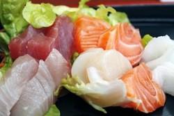 sushi-373585__180