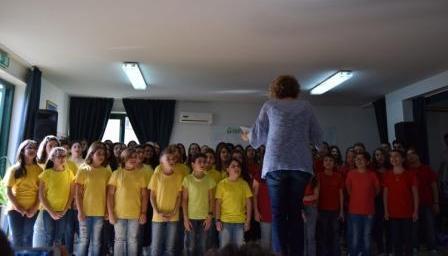 """Legalità / Concluso il progetto """"Canta e Cunta la Liggi"""" della scuola media di Valverde con la premiazione dei partecipanti"""