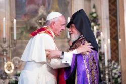 Papa Francesco con il Catholicos Karekin II