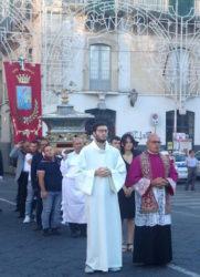S. venera - processione dello scrigno 2