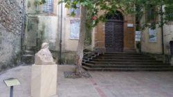 Piazza Armerina. Busto di Prospero Intorcetta posto all'ingresso della biblioteca comunale