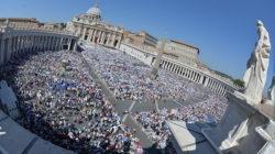 Circa 120mila i fedeli presenti in piazza San Pietro per la canonizzazione di Madre Teresa di Calcutta