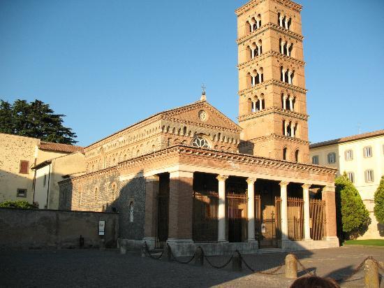 Luoghi della fede  9 / L'abbazia millenaria di Grottaferrata: luogo d'incontro tra oriente e occidente