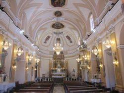 linterno-della-chiesa