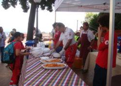 Un'amatriciana per Amatrice nello stand della Croce Rossa Italiana