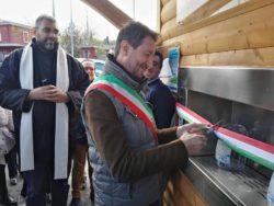 Il sindaco Caputo inaugura la Casa dell'acqua