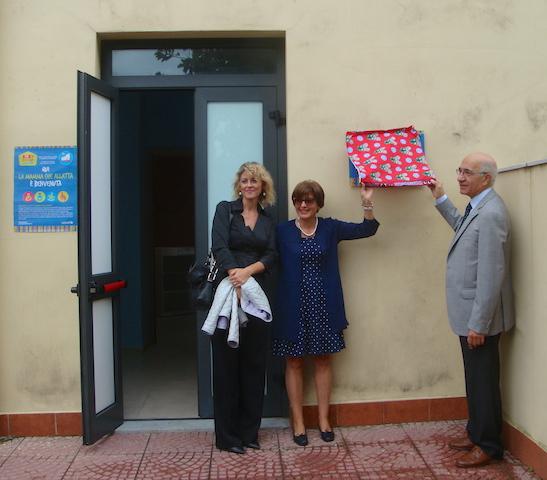 """Acireale / Inaugurati due """"Baby pit stop"""" a disposizione delle neo-mamme. Progetto Unicef condiviso da Comune e Azienda sanitaria"""