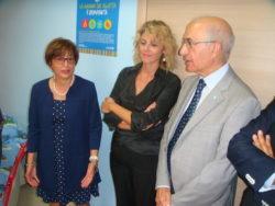 Un momento dell'inaugurazione. Da sinistra: la dott.ssa Lanteri, l'assessore D'Anna e il presidente dell'Unicef Lorefice