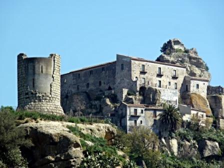 """Castiglione / Si chiudono domenica 2 aprile le votazioni per eleggere il """"Borgo dei Borghi"""""""