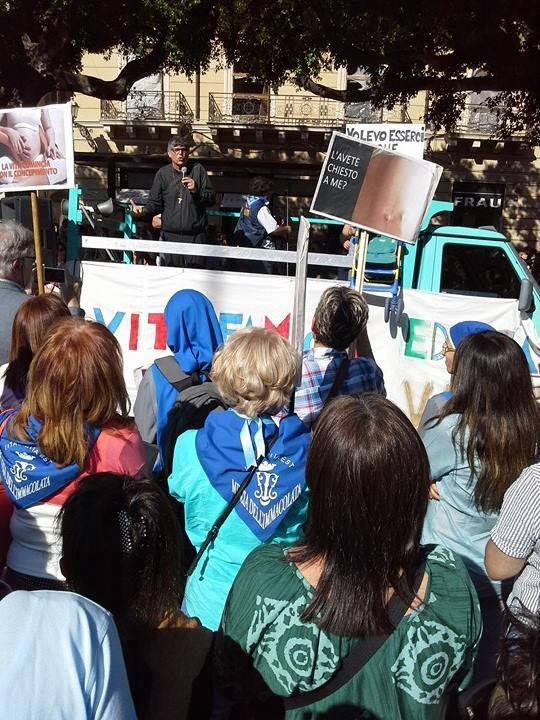 """Palermo / Larga partecipazione alla 14a """"Marcia per la vita"""". Difesa della natalità e famiglia i temi dominanti"""