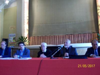 Istituto San Michele / S'è parlato della famiglia nell'annuale convegno degli ex alunni dello storico collegio acese