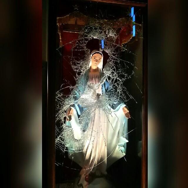 """Acireale / Furto sacrilego nella chiesa del Sacratissimo Cuore di Gesù. Il parroco don Orazio Greco: """"In sette anni non era successo niente di simile"""""""