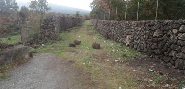 """Ambiente/ """"Meglio parco che sporco"""". A Randazzo iniziativa del Parco dell'Etna per bonificare le aree inquinate."""