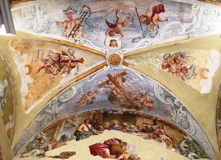 """Acireale / Dopo gli interventi di restauro, tornano alla luce gli affreschi """"ritrovati"""" nella chiesa del SS.mo Salvatore"""