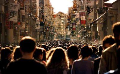 Società / 30º rapporto Eurispes: l'Italia deve ricucire il Sistema con il Paese. La corruzione (87,7%) la minaccia più sentita